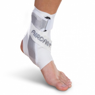Aircast A60 Ankle Brace White