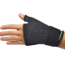 Auris Magnetic Carpal Tunnel Glove