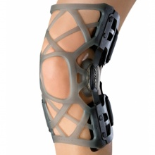 Donjoy OA Reaction Web Right Medial/Left Lateral Knee Brace