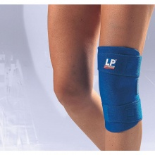 LP Neoprene Closed Patella Knee Support