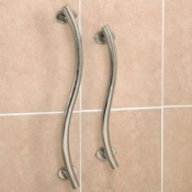Polished Stainless Steel Curved Grab Rail