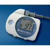 Konica Minolta Pulsox 300i Pulse Oximeter with SR-5C Finger Probe