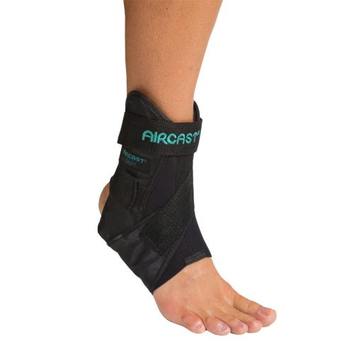 Aircast Airsport Ankle Brace for rigid sports protection