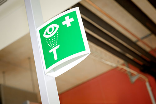 Emergency eye wash signs are just an example of a kind of safety signs needed in a high risk area