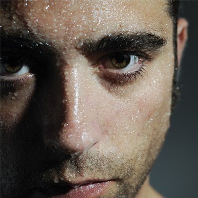 https://www.healthandcare.co.uk/user/news/thumbnails/prevent-face-sweating-with-5-simple-tricks-2020-blog-thumbnail.jpg