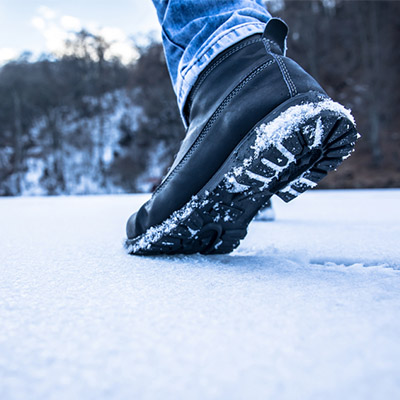 Yaktrax Ice Grips: How to Walk Safely in Winter
