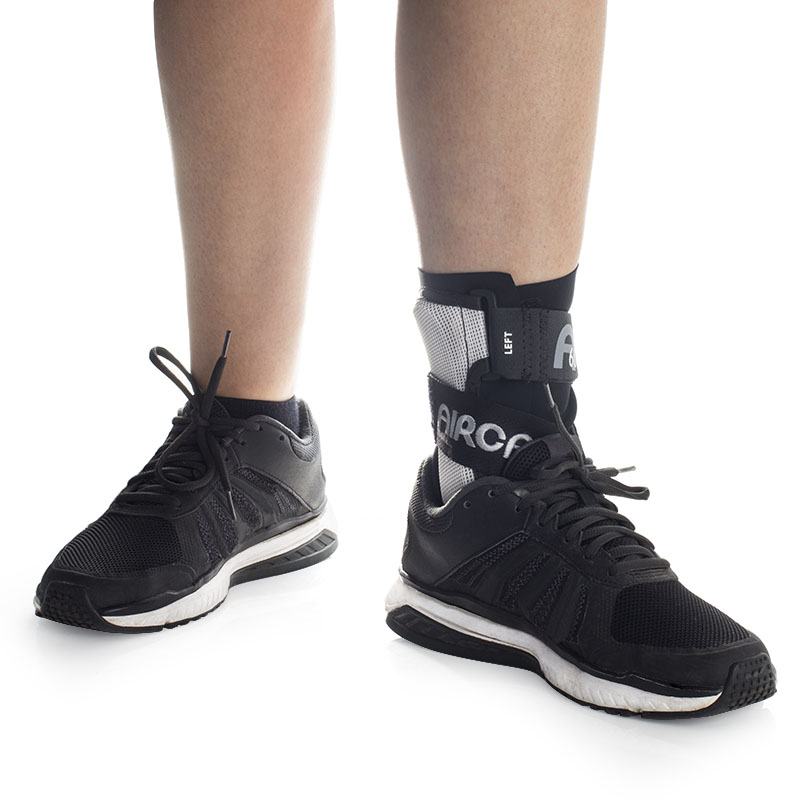 Aircast A60 for ankle sprains fits comfortably into shoes