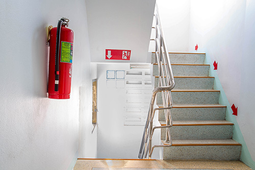 Emergency evacuation sledge procedure for stairs fire escape
