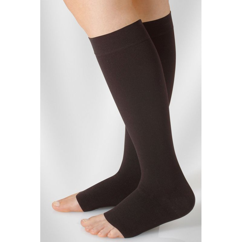 69fb55438a Juzo Dynamic Class 3 Black Pepper Knee High Compression Stockings ...