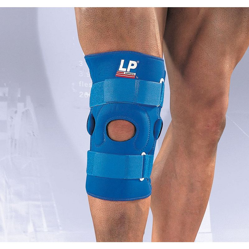 d41eea3d59 LP Neoprene Hinged Knee Support with Vertical Buttress :: Sports ...