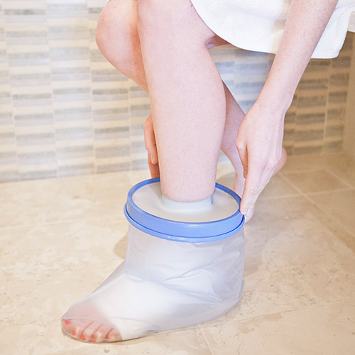 Keep your feet dry with a cast protector