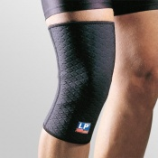 LP Extreme Closed Knee Support