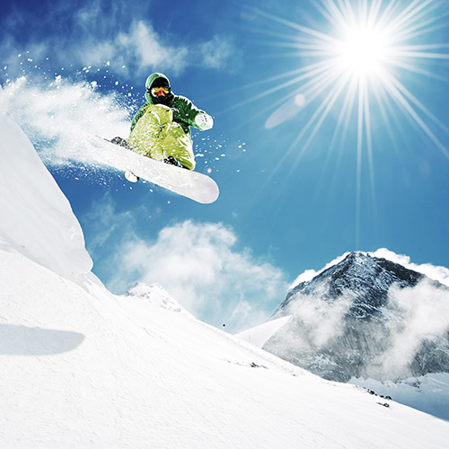 Ski with Confidence by Using a Skiing Knee Brace