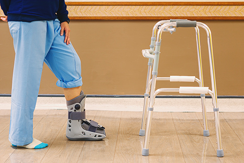 How to fit and size your walker or fracture boot